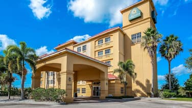 La Quinta Inn & Suites by Wyndham Ft. Pierce