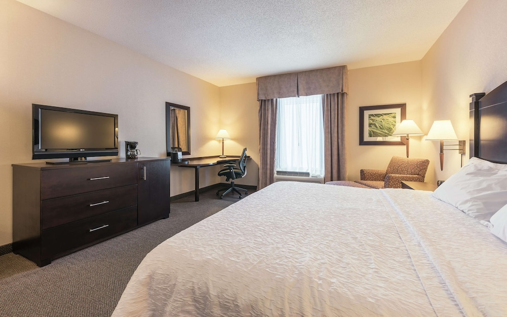 In-Room Dining, Hampton Inn & Suites by Hilton Moncton