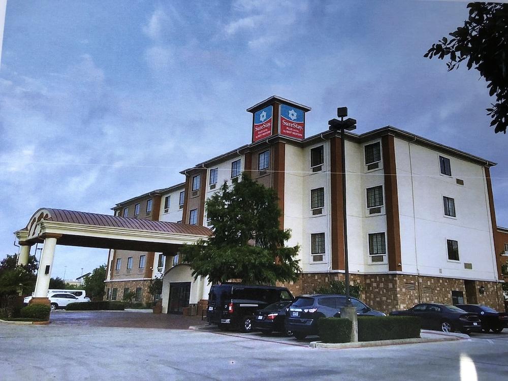 Surestay Plus Hotel By Best Western San Antonio Seaworld 2 5 Out Of 0