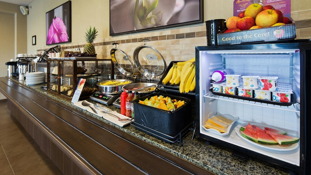 Breakfast buffet, Best Western Plus Saint John Hotel & Suites