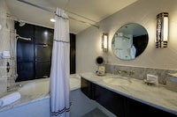Hotel Shangri-La, Santa Monica (40 of 57)