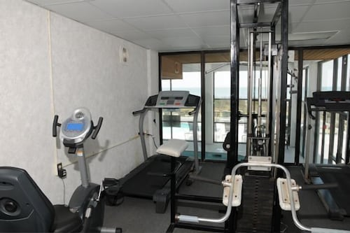 Fitness Facility, Jonathan Harbour