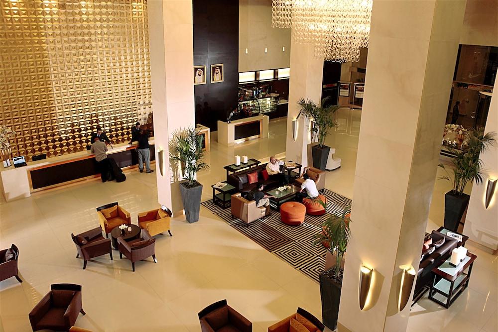 Media rotana reviews photos rates for Best hotel rates in dubai