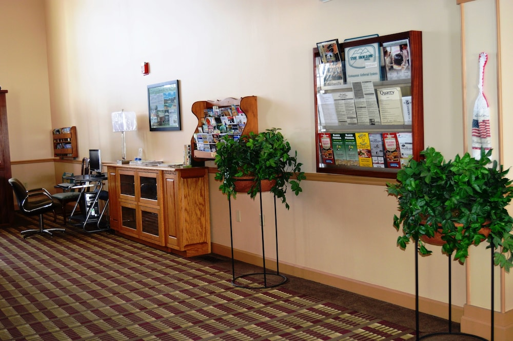Interior Entrance, Hollow Inn and Motel