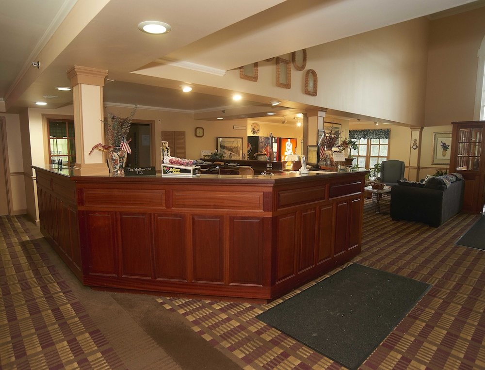 Reception Hall, Hollow Inn and Motel