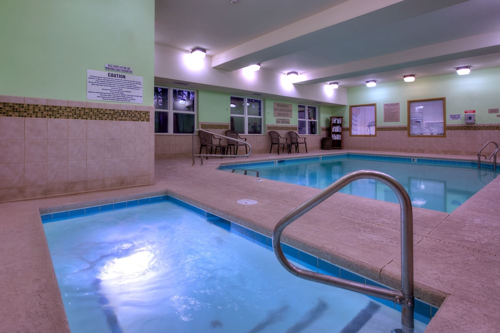 Indoor Pool, Country Inn & Suites by Radisson, Wilmington, NC