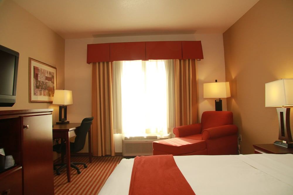 Room, Holiday Inn Express Amarillo South