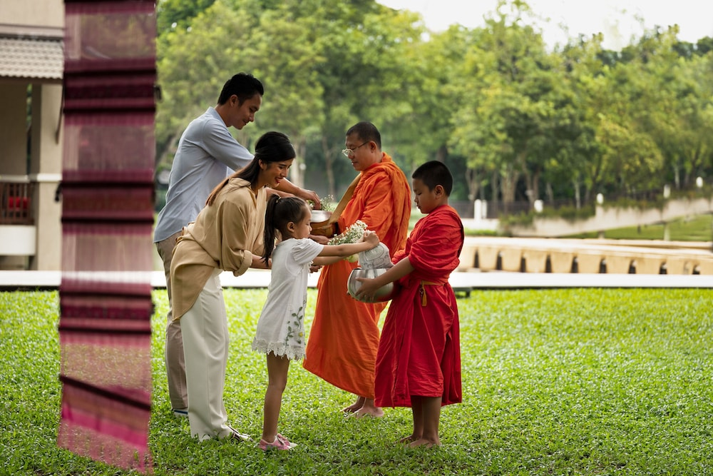 Children's Activities, Le Meridien Chiang Rai Resort, Thailand