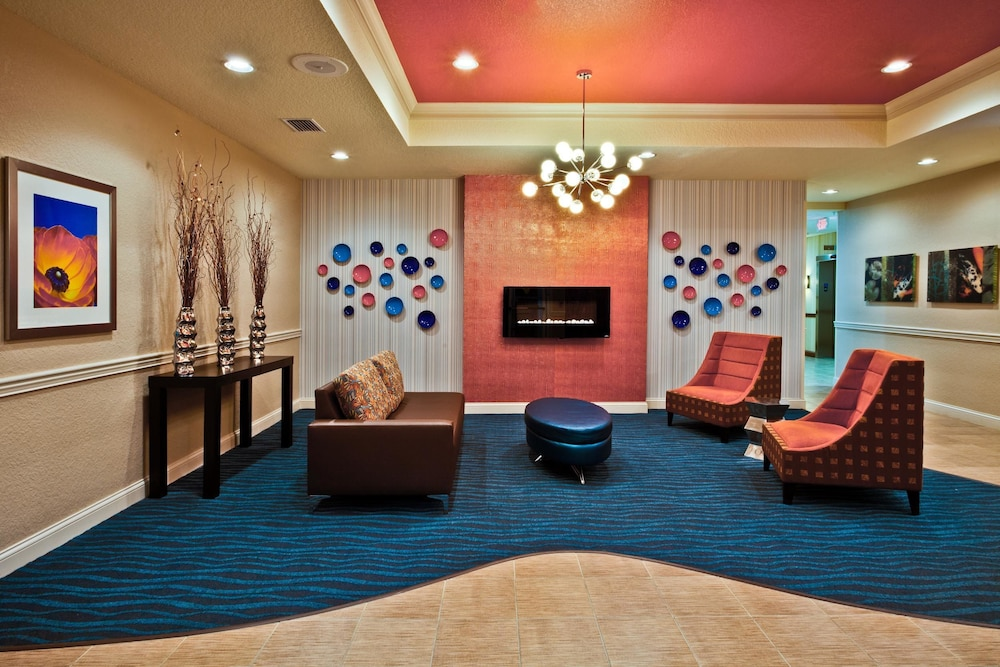 Lobby, Holiday Inn Express Hotel & Suites Lakeland North - I-4, an IHG Hotel