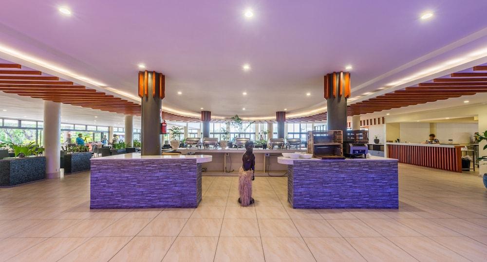 Mana Island Restaurant Prices