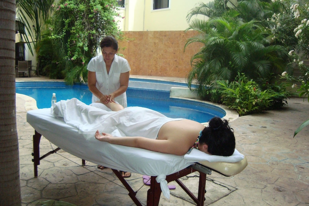 Massage, Gran Real Yucatan
