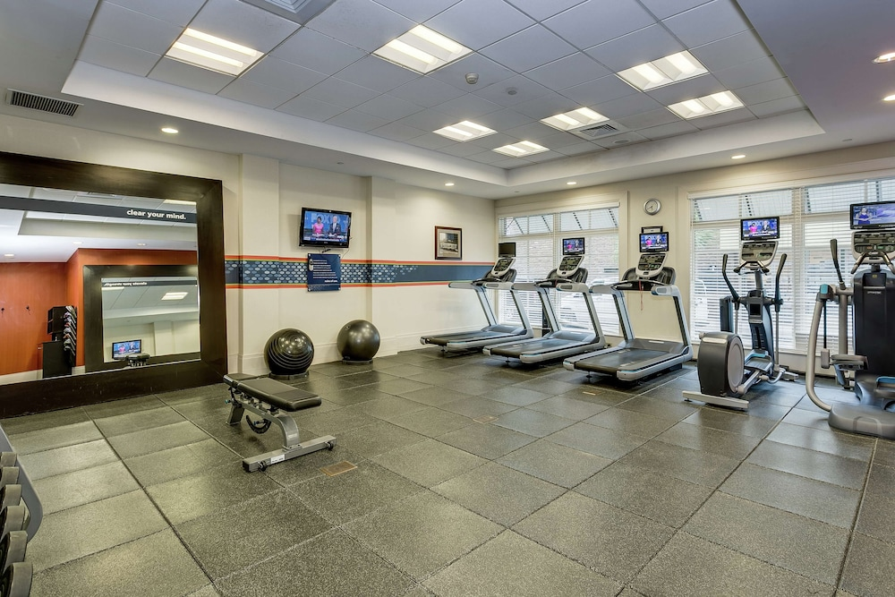 Fitness Facility, Hampton Inn & Suites Mobile- Downtown Historic District