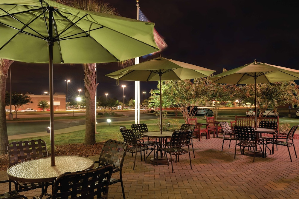 Terrace/Patio, Hilton Garden Inn Warner Robins