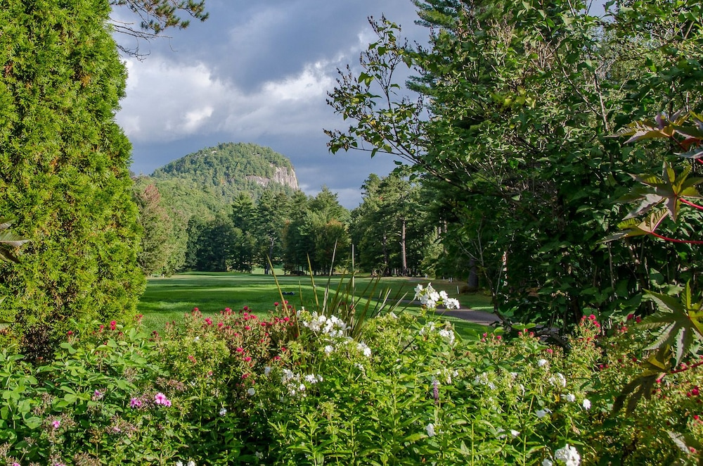 Golf, The White Mountain Hotel & Resort