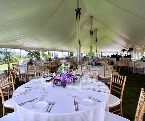 Outdoor Wedding Area, The White Mountain Hotel & Resort