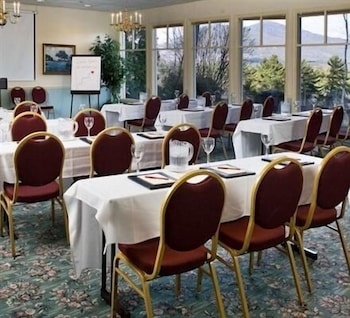 Meeting Facility, The White Mountain Hotel & Resort