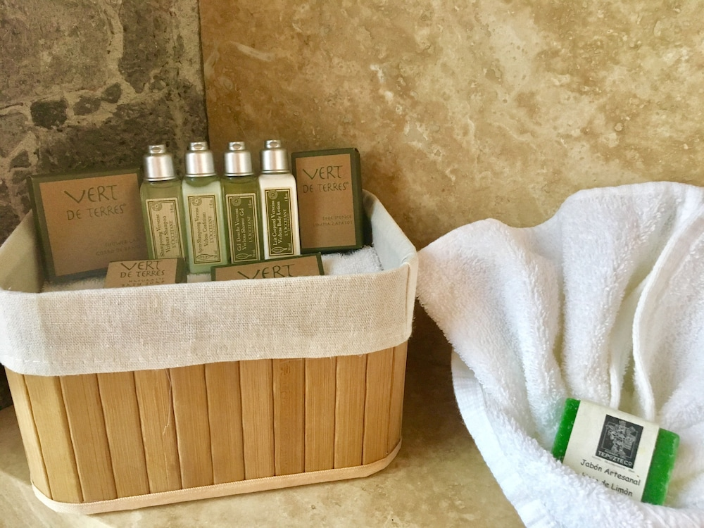 Bathroom Amenities, Hotel Posada Del Tepozteco