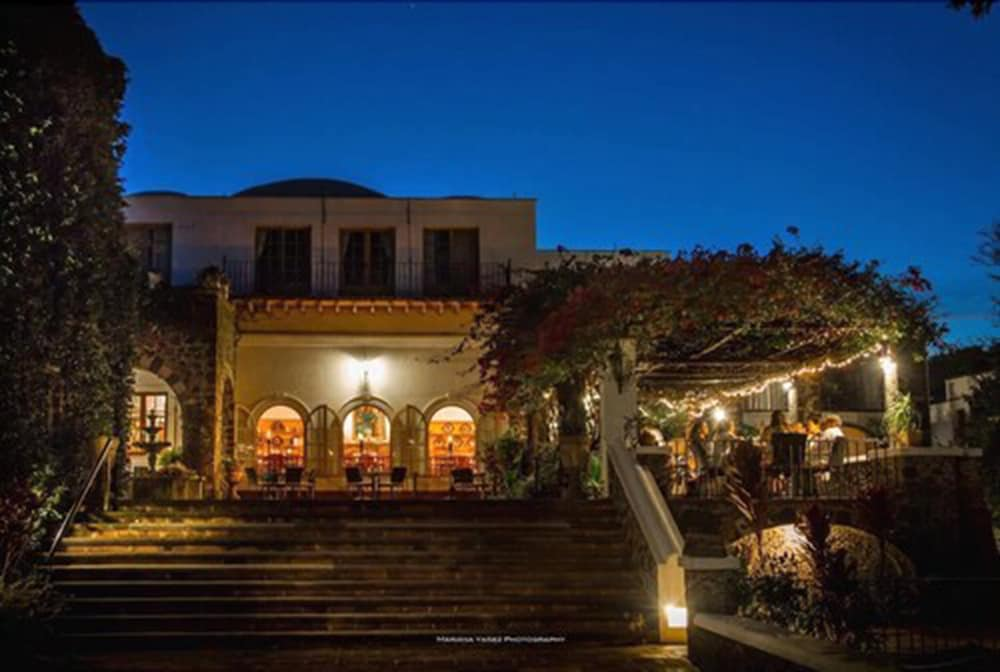 Front of Property - Evening/Night, Hotel Posada Del Tepozteco