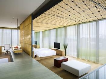 The Village, Building 1, No.11 Sanlitun Road, Beijing, 100027, China.