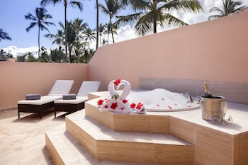 Elegance Club Ocean View Suite w/Jacuzzi - Adults Only - Terrace/Patio
