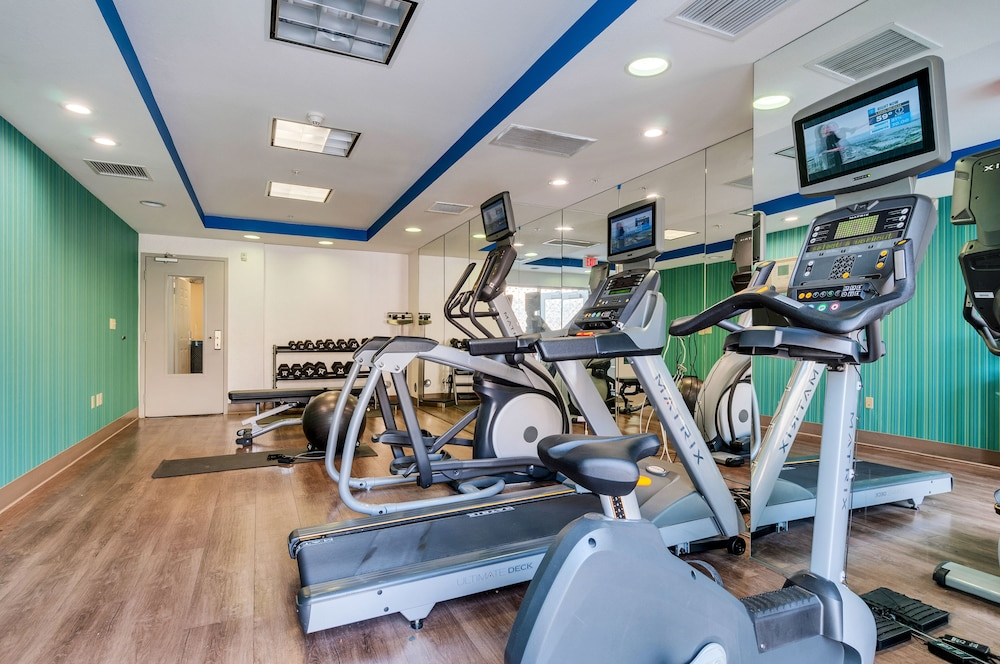Fitness Facility, Holiday Inn Express & Suites, Lake Elsinore