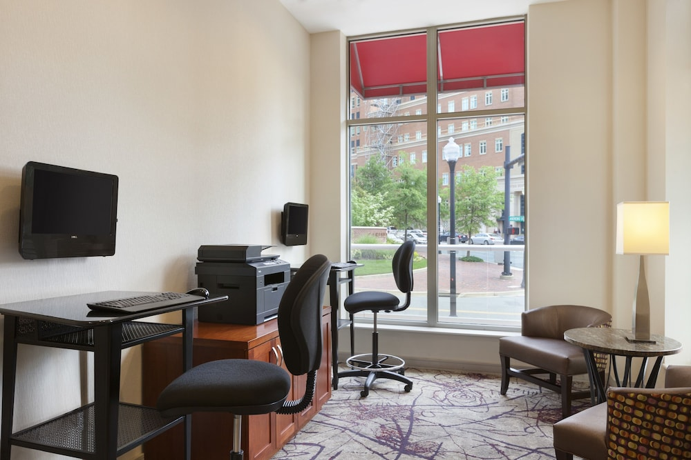 Business Center, Residence Inn Alexandria Old Town South at Carlyle