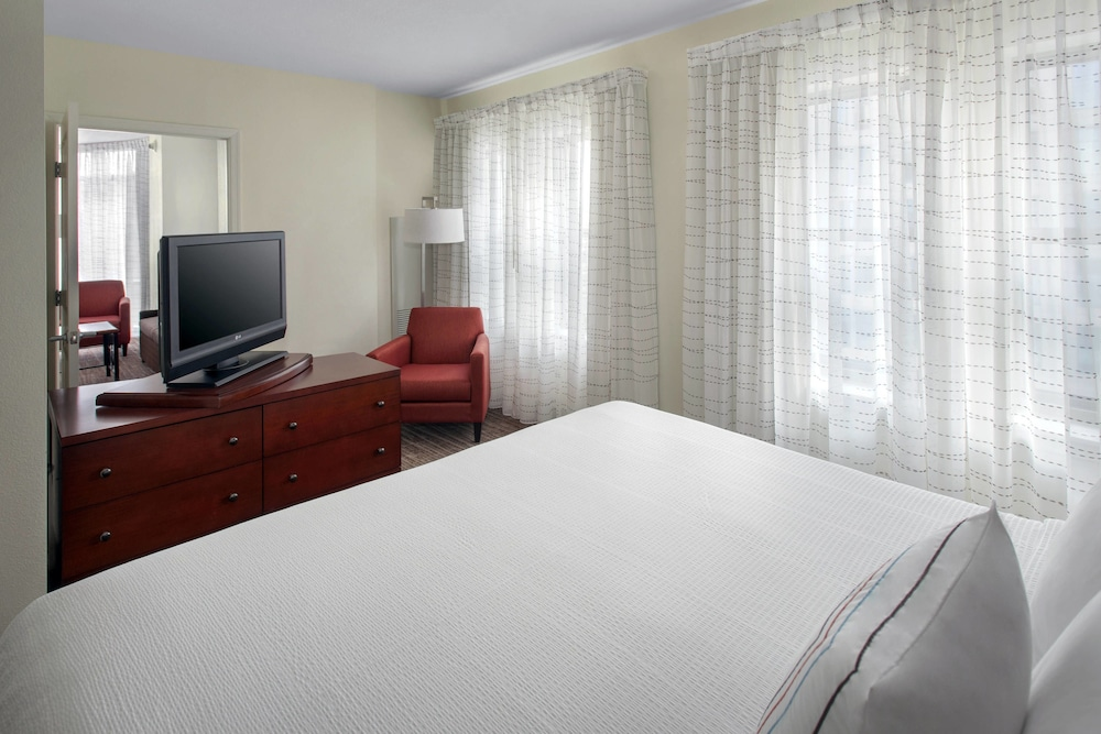 Room, Residence Inn Alexandria Old Town South at Carlyle