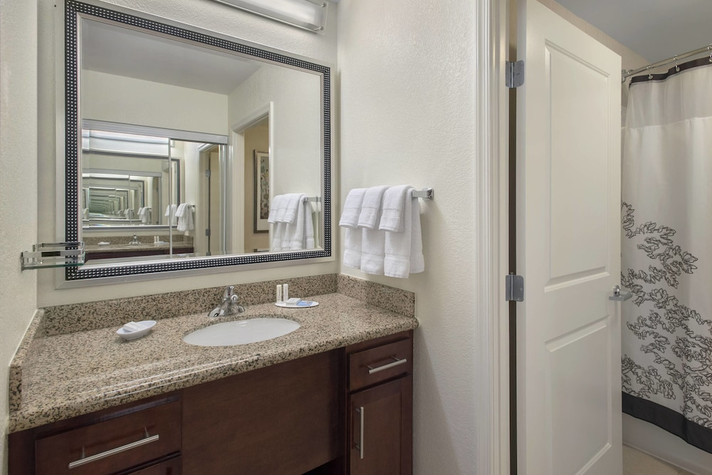 Bathroom, Residence Inn Alexandria Old Town South at Carlyle