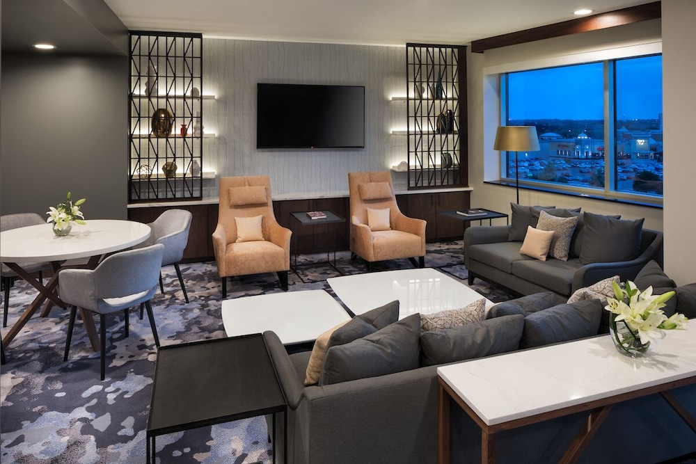 Executive Lounge, The Westin Edina Galleria