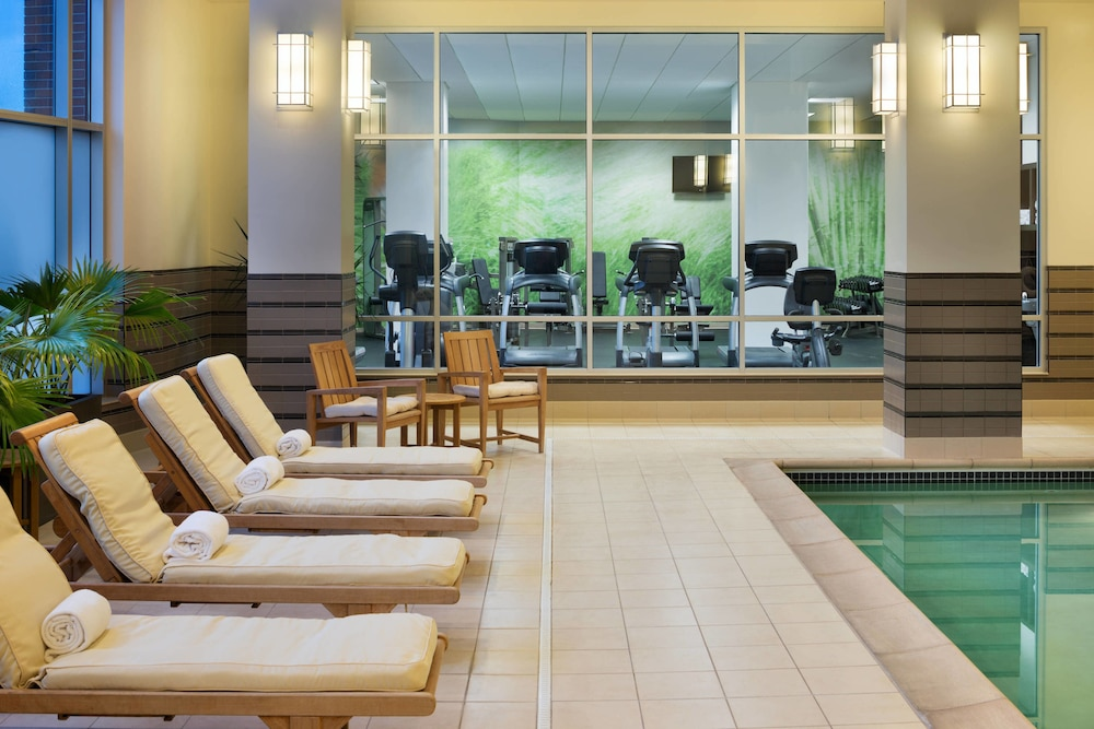 Indoor Pool, The Westin Edina Galleria