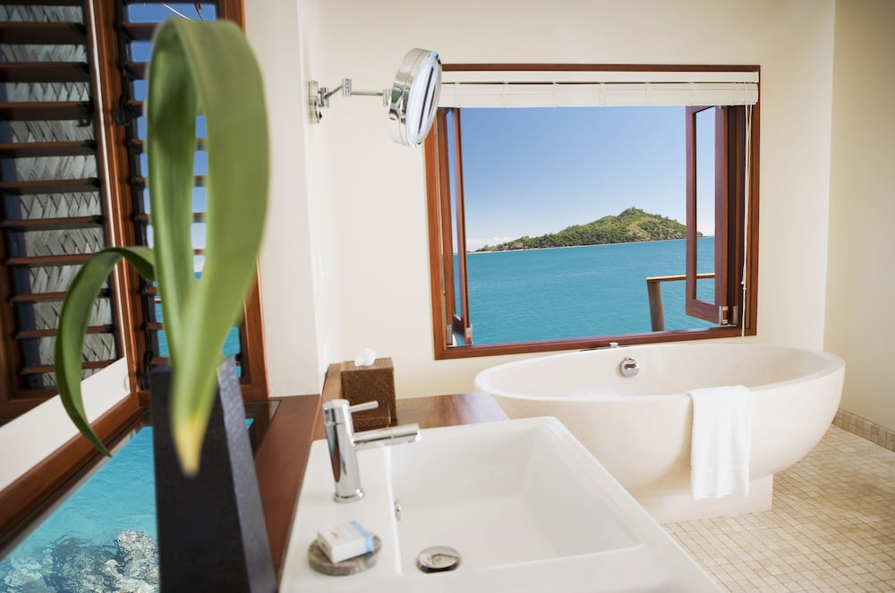 Bathroom, Likuliku Lagoon Resort - Adults Only