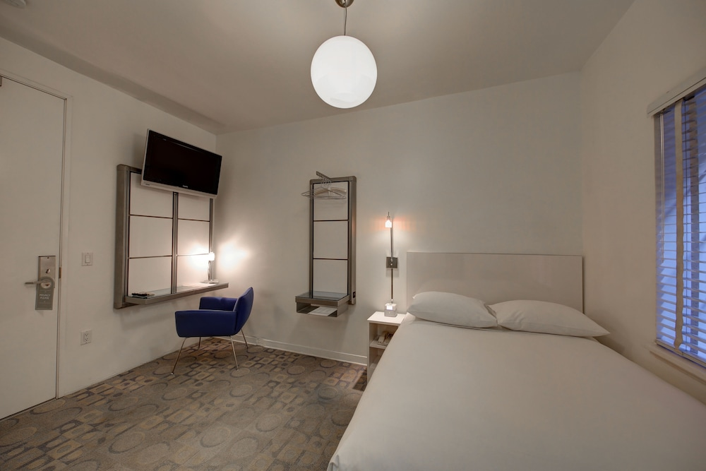 Room, The Varden-A Boutique Hotel