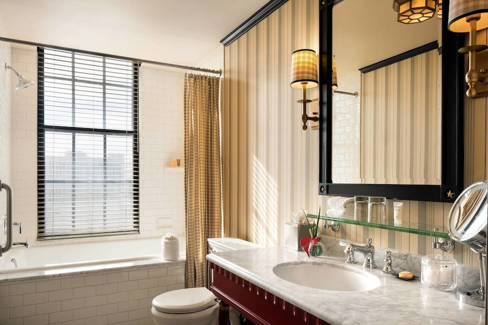 Bathroom, The Citizen Hotel, Autograph Collection