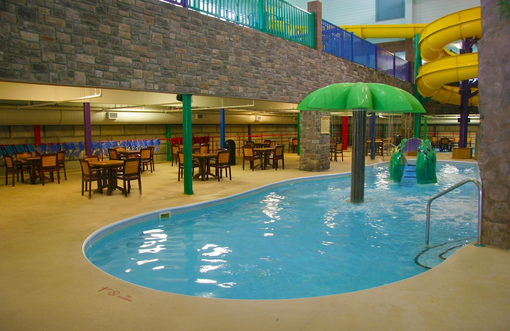 Indoor Pool, Castle Rock Resort & Waterpark