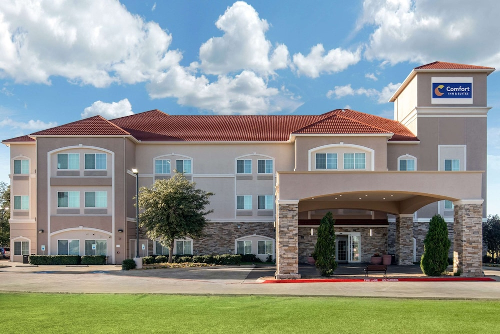 Featured Image, Comfort Inn & Suites Cedar Hill Duncanville
