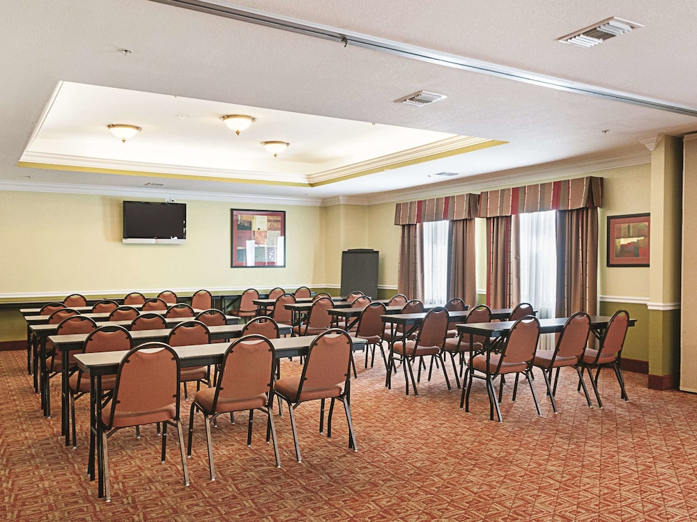 Meeting Facility, La Quinta Inn & Suites by Wyndham Slidell - North Shore Area