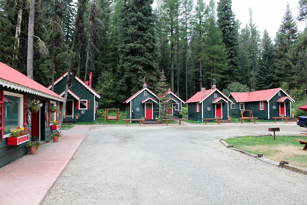 Front of Property, Brundage Bungalows