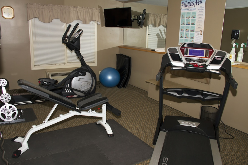 Fitness Facility, Country Inn at The Mall