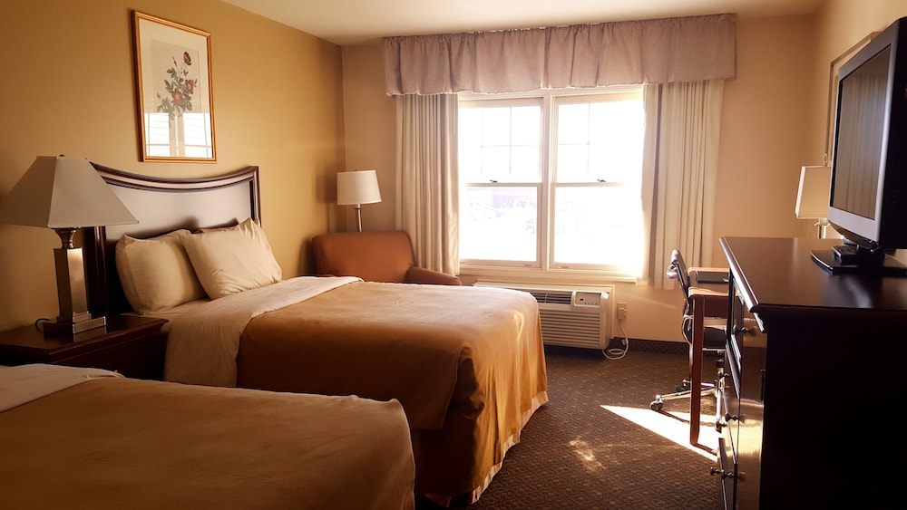 Room, Country Inn at The Mall