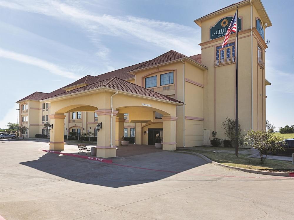 la quinta inn suites alvarado voorzieningen en On 804 alvarado terrace