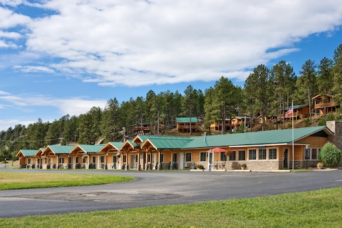 Great Place to stay Rock Crest Lodge And Cabins near Custer