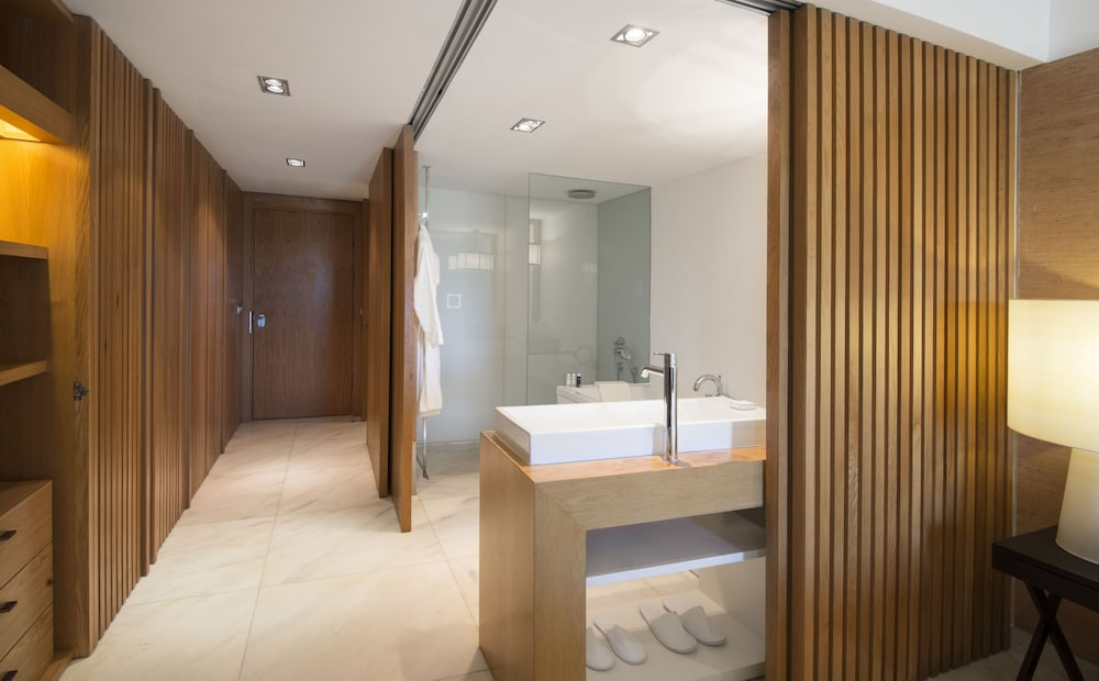 Bathroom, Anantara Vilamoura