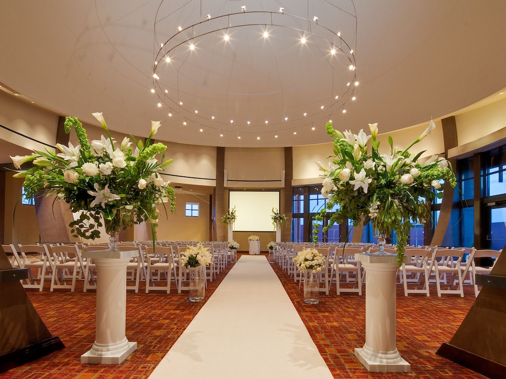 Indoor Wedding, Isleta Resort and Casino