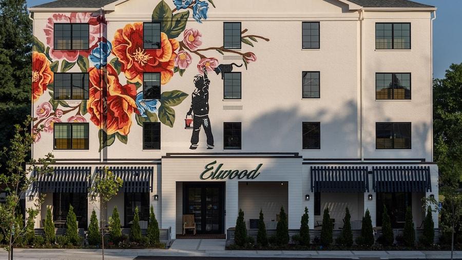 Elwood Hotel & Suites