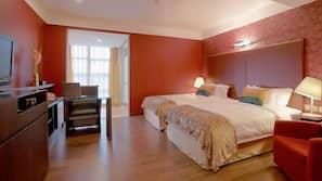 In-room safe, iron/ironing board, alarm clocks