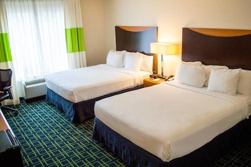 Great Place to stay Fairfield Inn & Suites San Antonio North - Stone Oak near San Antonio