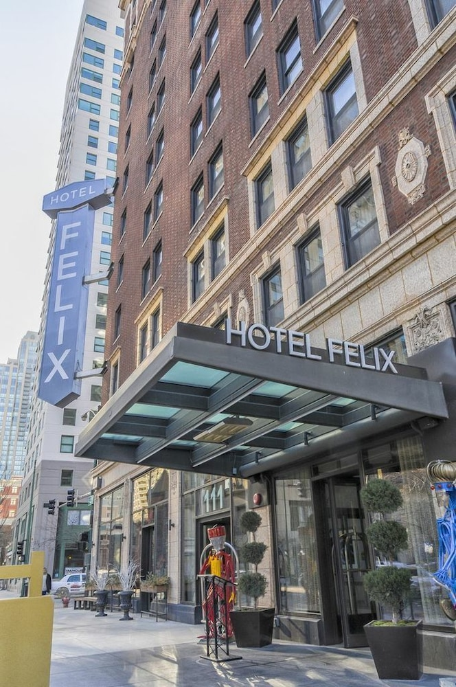Hotel Felix Chicago 2019 Room Prices 76 Deals Reviews Expedia