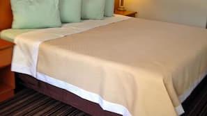 เตารีด/โต๊ะรีดผ้า, บริการ WiFi ฟรี, ผ้าปูที่นอน, นาฬิกาปลุก