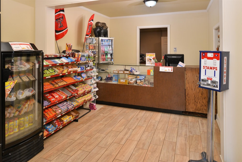 Gift Shop, Americas Best Value Inn Lubbock E