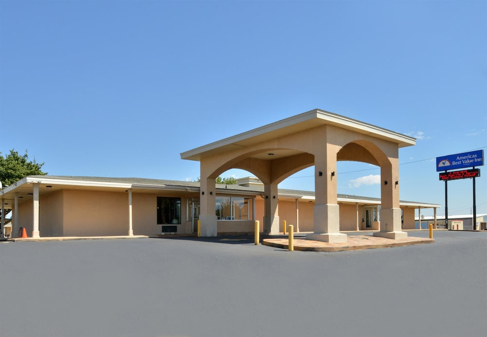 Front of Property, Americas Best Value Inn Lubbock E